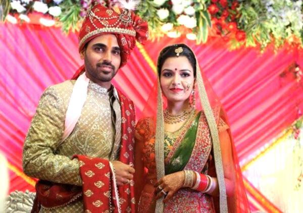 Locanto Dating in Meerut