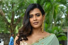 24 Kisses Actress Hebah Patel Bagged The Second Female Lead In Nithiin Rashmika Mandanna S Bheeshma A K Nandy S